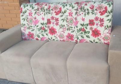 Sofá Floral 3 lugares